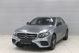 Mercedes-Benz E 400 d Sport 3.0TD/340 9AT 4D 4WD