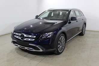 Mercedes-Benz E 220 d All-Terrain Luxury  2.0TD/194 9AT 5W 4WD