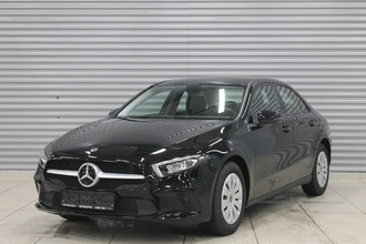Mercedes-Benz A 200 Comfort Sedan 1.3T/150 7RT 4D