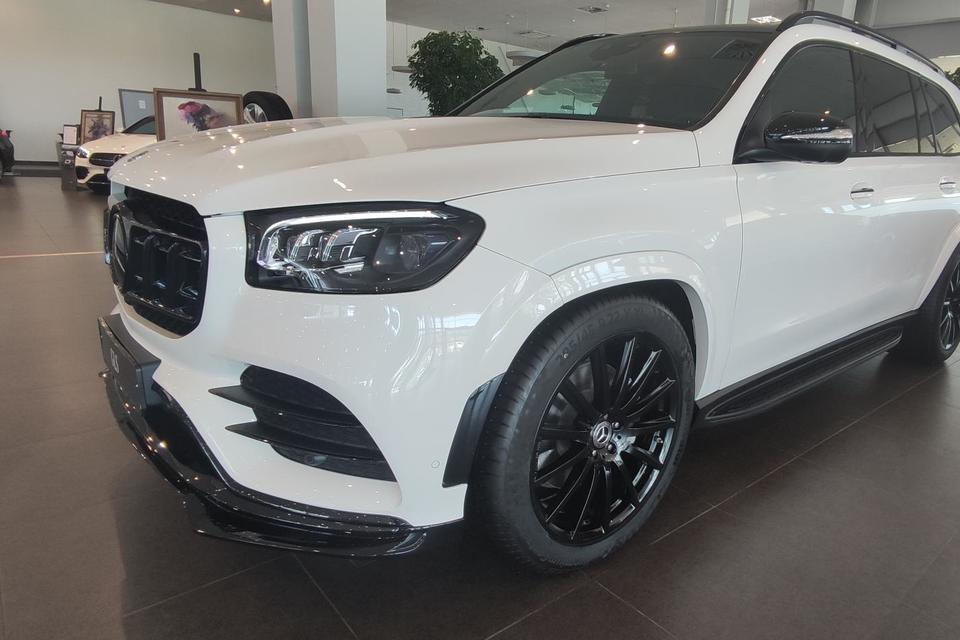 Mercedes-Benz GLS 400 d Luxury RUS 3.0TD/330 9AT 5D 4WD