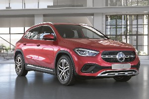 Mercedes-Benz GLA 200 Progressive 1.3T/150 7RT 5D